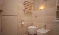 bathroom-003